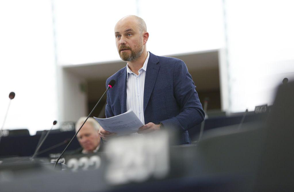 Odbor Evropskog parlamenta usvojio Bilčikov izveštaj