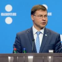 Komisija predstavila mapu puta za jačanje zone evra