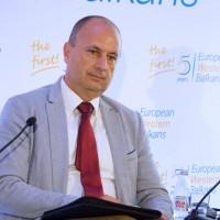 Međak: Evropske integracije nisu prioritet Srbije