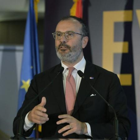 """Sem Fabrici – diplomata kog je zvanični Beograd """"stavio u džep"""""""